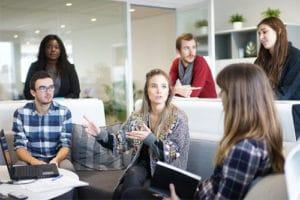 Comment trouver de l'ambiance et de la motivation au travail ?